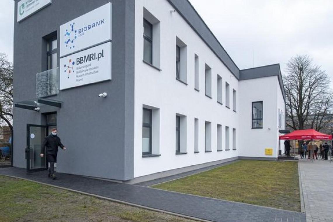 W Łodzi otwarto nową siedzibę uniwersyteckiego Biobanku