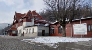 Zabytkowy dworzec w Szklarskiej Porębie już po modernizacji