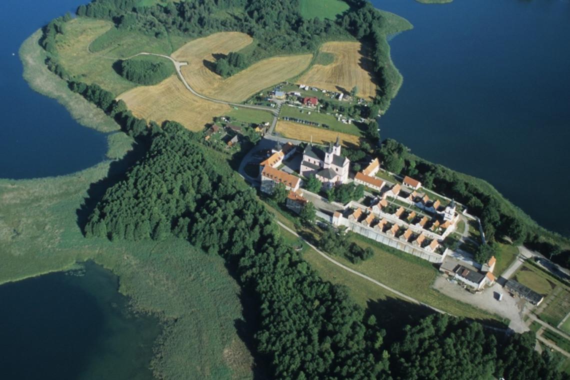 Klasztor w Wigrach już po renowacji