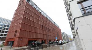 Case study: posadzki na parkingu Apartamentów przy Warzelni