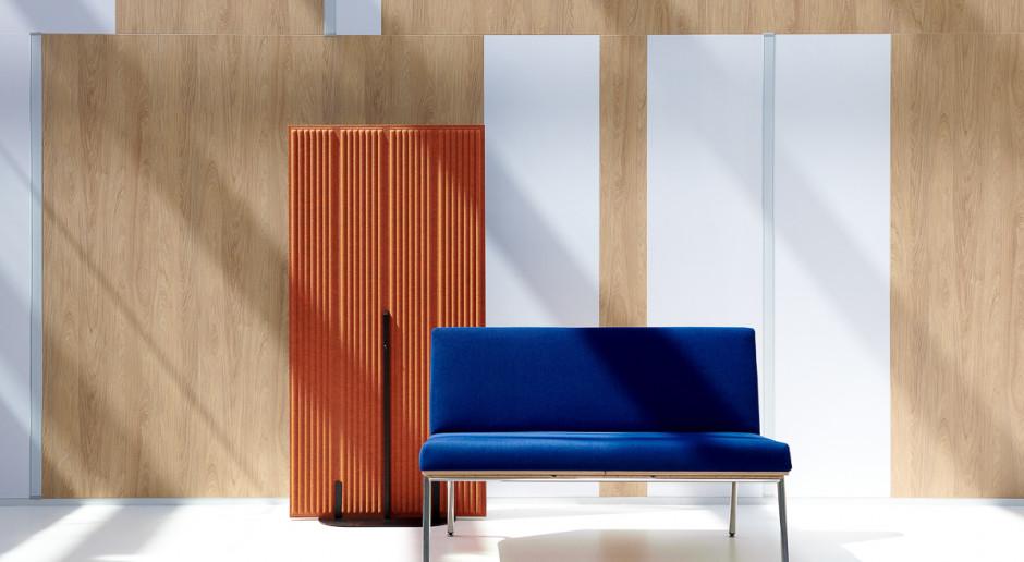 Maciej Karpiak zaprojektował kolekcję paneli akustycznych z butelek PET