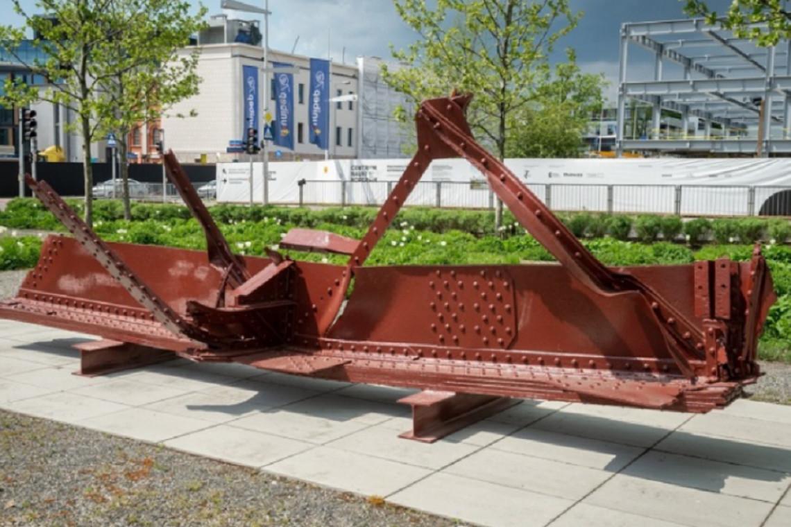 Ciekawe konstrukcje w sąsiedztwie warszawskiego Mostu Świętokrzyskiego