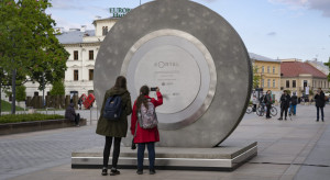 W Lublinie powstał portal łączący miasto z... Wilnem. Można przenieść się w czasie!
