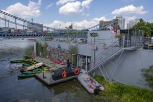 Wrocławska Odra Centrum już otwarta. To niskoemisyjny pływający dom kultury