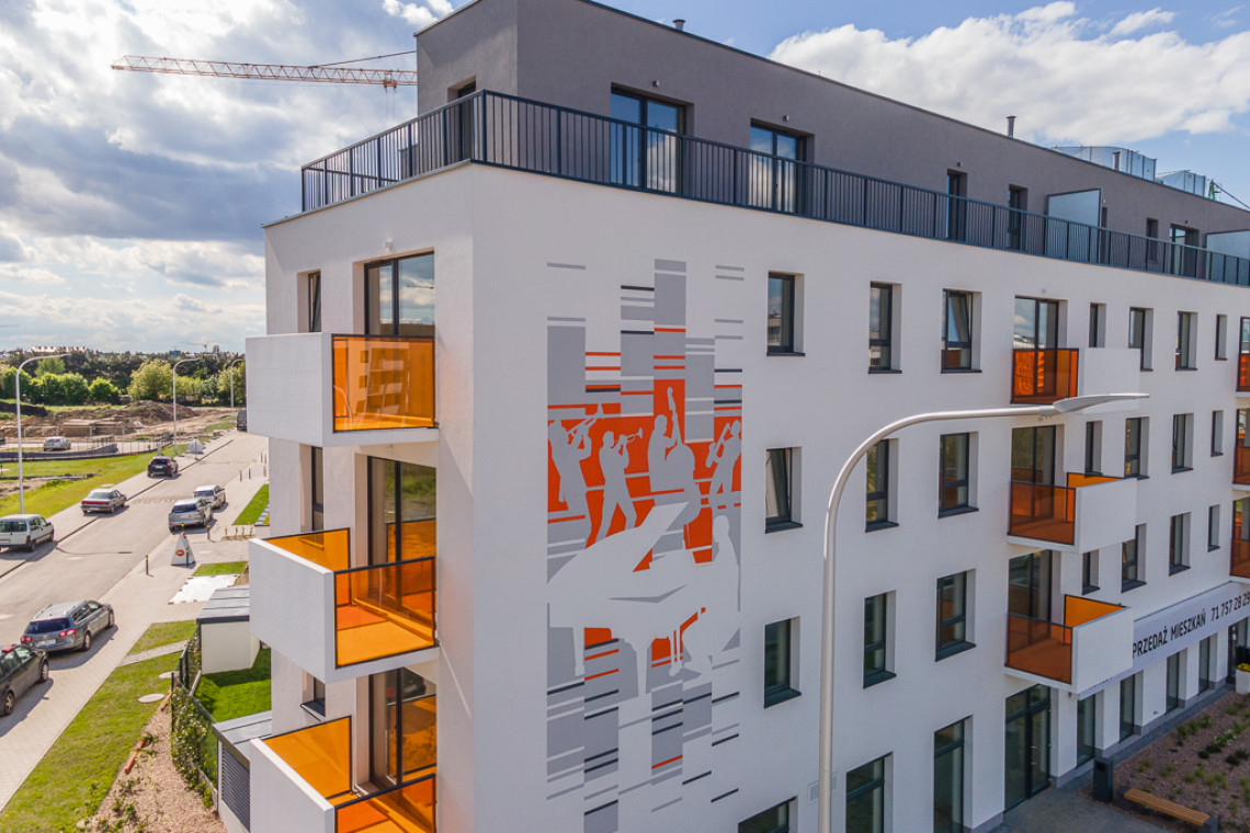 Na Wrocławskim Jagodnie powstał mural symbolizujący twórczość Krzysztofa Komedy