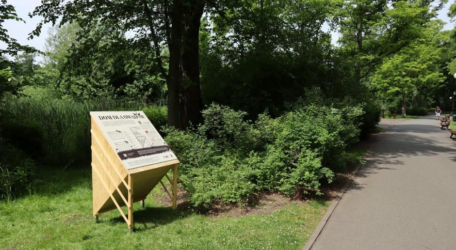 Nowe hoteliki dla owadów w poznańskich parkach