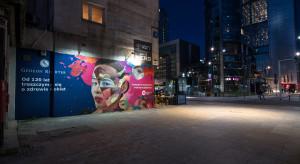 Mural o kobietach w centrum stolicy