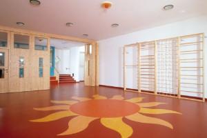 Trzy najlepsze rozwiązania podłogowe do przedszkola i żłobka