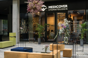 Tu design gra pierwsze skrzypce. Medicover Stomatologia z wnętrzami na wzór hotelu