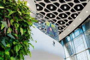 Galeria sztuki w lobby myhive Warsaw Spire