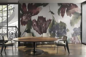 Inspiracje pracami Janet Echelman i Michaela Fisha. Włoska marka z wielkoformatowymi grafikami ściennymi