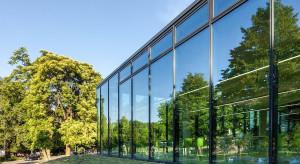 Rola szkła przeciwsłonecznego w nowoczesnej architekturze