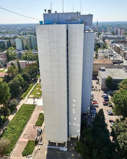 Wiedźmin na największym w Polsce muralu, który powstaje w centrum Łodzi