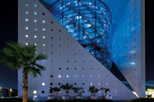 Green Planet w Dubaju - przykład nowoczesnego centrum edukacyjnej rozrywki