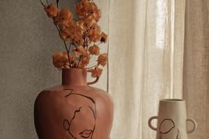 H&M Home z niezwykłą kolekcją od trzech artystek. Tematem przewodnim - kobiecość