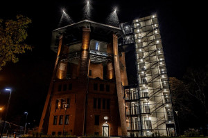 Zabytkowa wieża ciśnień w Zabrzu jak nowa