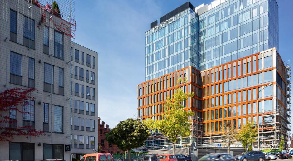 Budowa biurowej wieży Monopolis autorstwa Grupy 5 Architekci na ostatniej prostej
