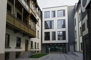 Kamienica przy łódzkiej Piotrkowskiej będzie hotelem. Trwa już remont fasady
